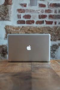 wood-laptop-texture-wall-1729954